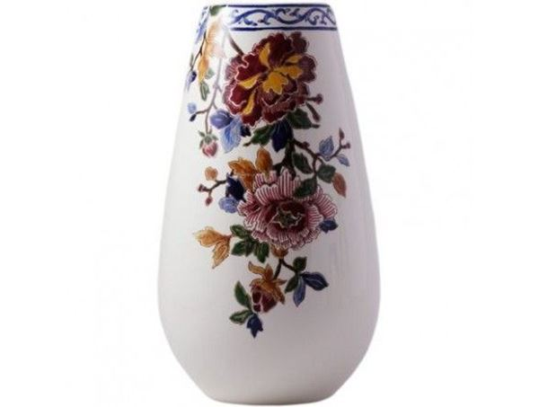 Picture of new items 1 round bellied vase n°4 H 26 cm